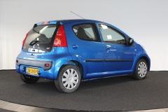 Peugeot-107-4