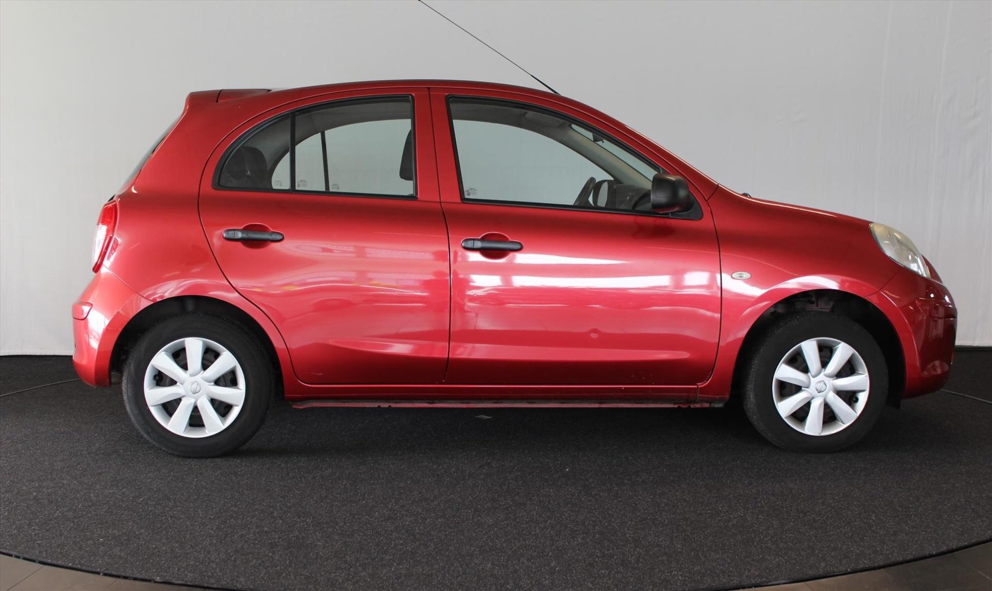 Nissan-Micra-3