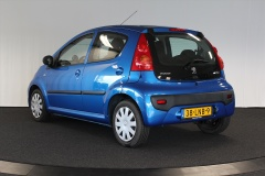 Peugeot-107-6